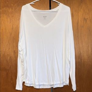 Mossimo white vneck long sleeve tee